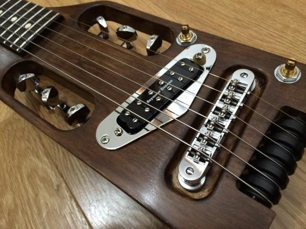 トラベラーギター,改造,オイルフィニッシュ