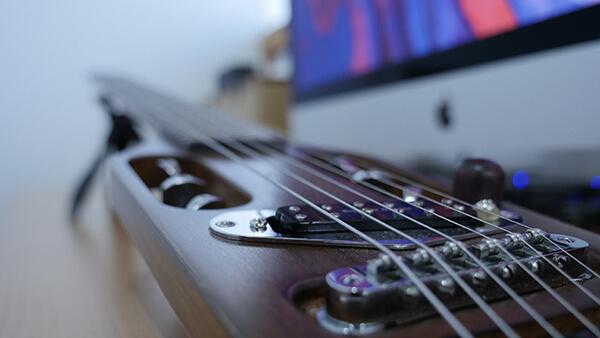 トラベラーギター,改造,オイルフィニッシュ,ピックアップ
