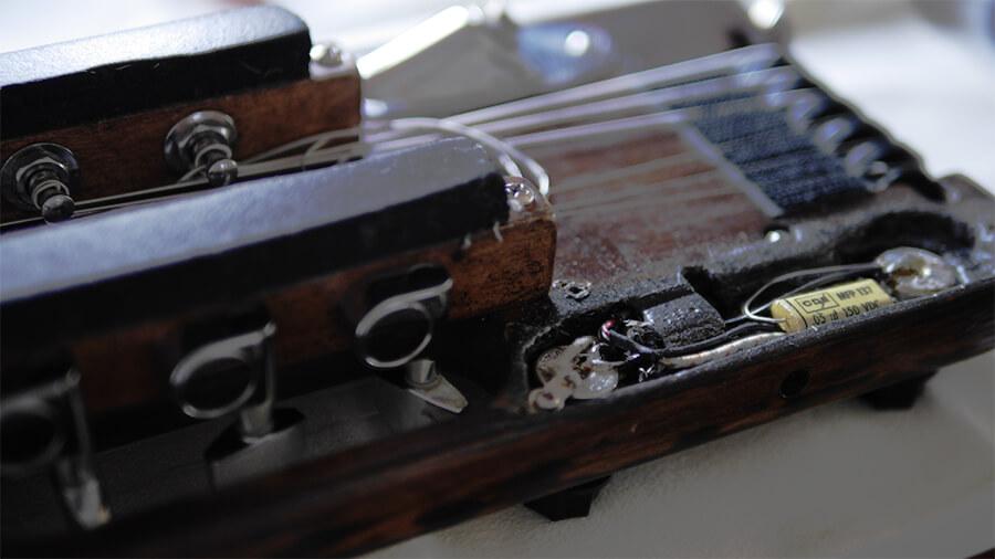 トラベラーギター,改造,ジャズギター
